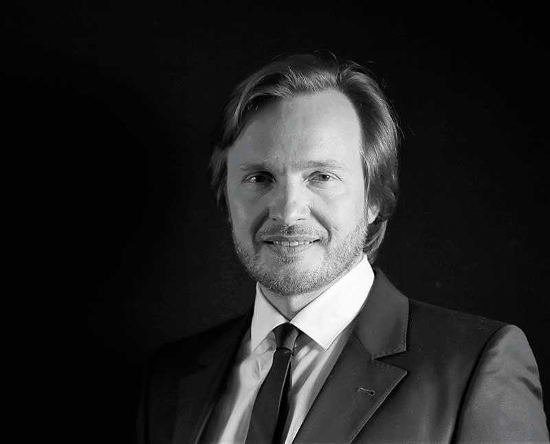 Docteur Christophe Desouches - Chirurgien esthétique à Marseille